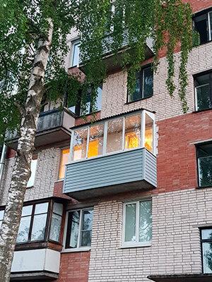 заказать отделку балкона